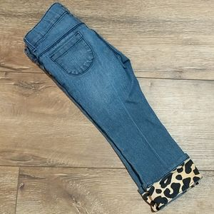 Jeans with leopard cuff